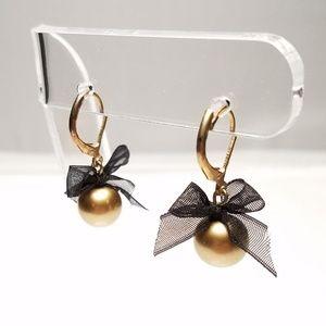 Gold Tone Ball Drop Dangle Leverback Earrings Bow
